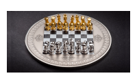 Moneta pagerbianti vieną žinomiausių stalo žaidimų pasaulyje - Šachmatus